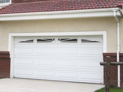 Sfaturi utile pentru alegerea usilor garajului