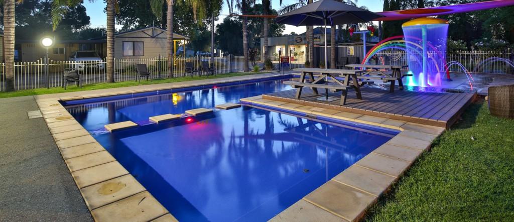 piscina de lux modele frumoase 60