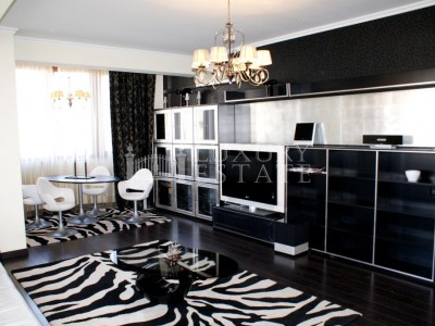 Idei impresionante pentru designul interior - amenajare minimalista in alb si negru